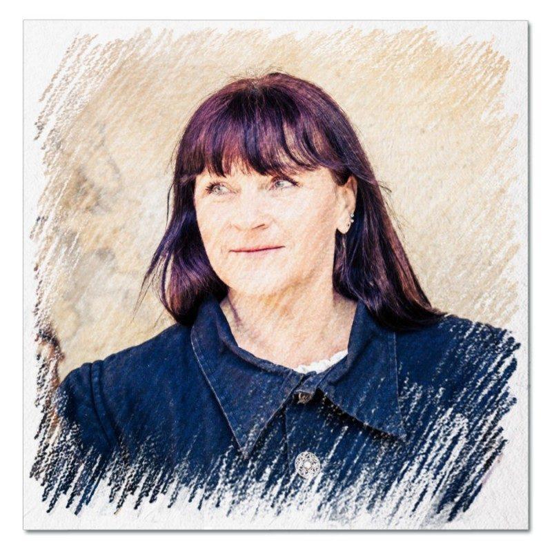 Profilbild von Tia von Flussberg